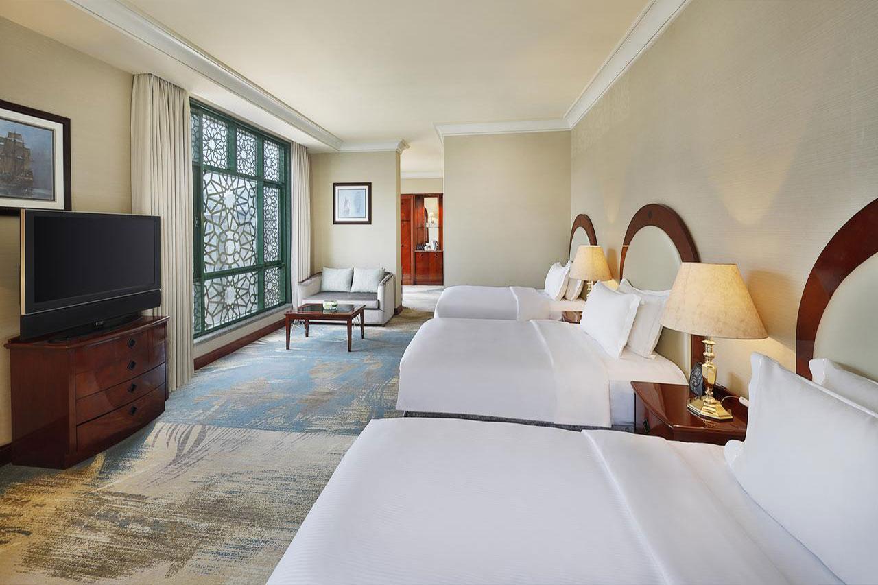 5 star hilton hotel